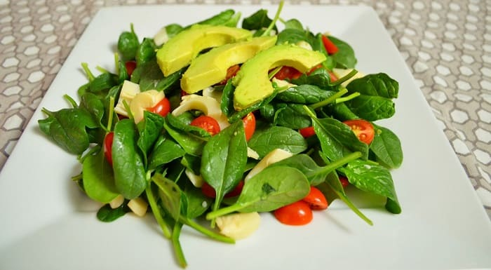 Arugula, Avocado, and Tomato Salad for hair loss